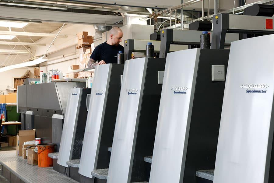 Das Herzstück von BERNSTEINER: Die Heidelberg Offset Druckmaschine Speedmaster